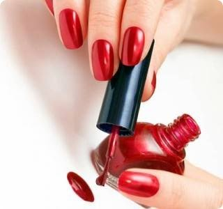 Как аккуратно накрасить ногти. Красим ногти в домашних условиях фото
