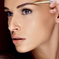 Как правильно красить брови краской