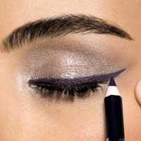 Рекомендации, как сделать красивые стрелки на глазах