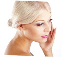 Причины появления и методы избавления от отеков на лице