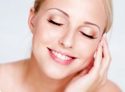 очищение кожи вокруг глаз