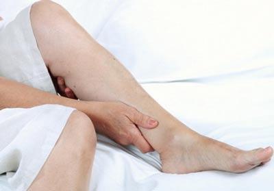 что делать, чтобы снять усталось ног